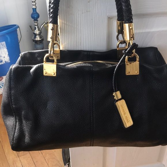 b9c9deed0636 Michael Kors Bags | Handbag | Poshmark